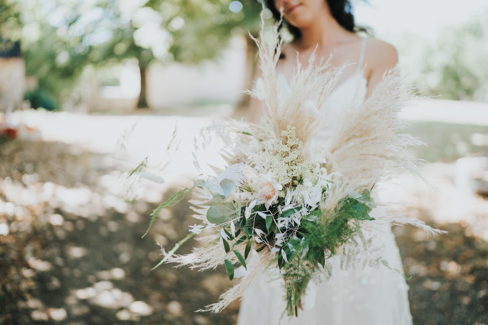 Photographe de mariage à Limoges - Vivien Malagnat - bouquet de la mariée dans la corrèze immortalise par Vivien Malagnat